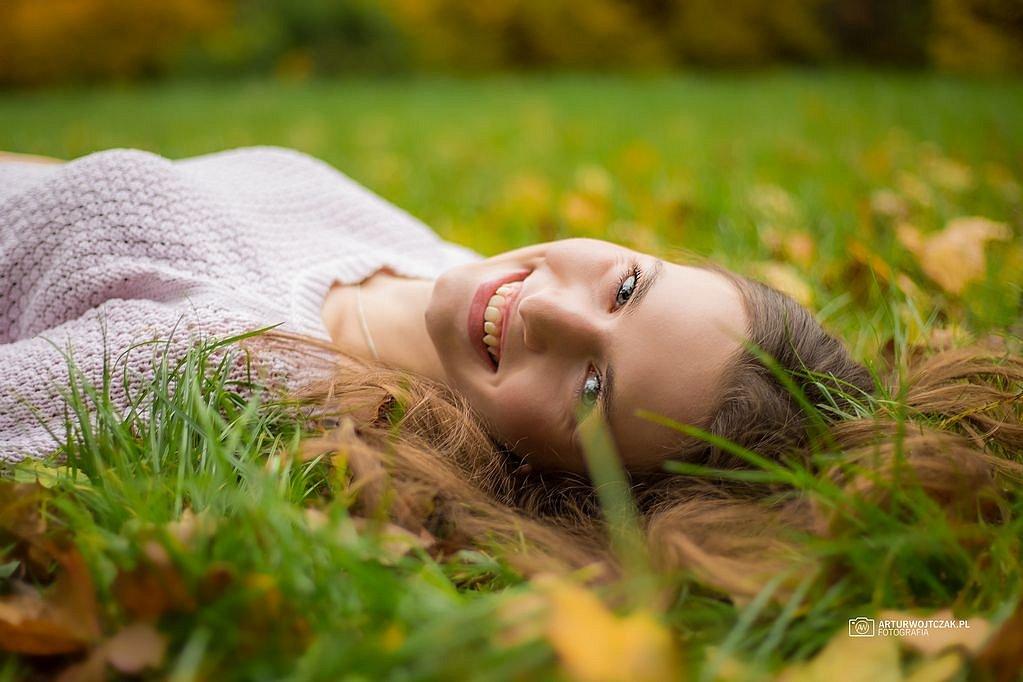 Osobista-sesja-jesienna-z-Agnieszka-Szarafin-arturwojtczakpl-8.jpg