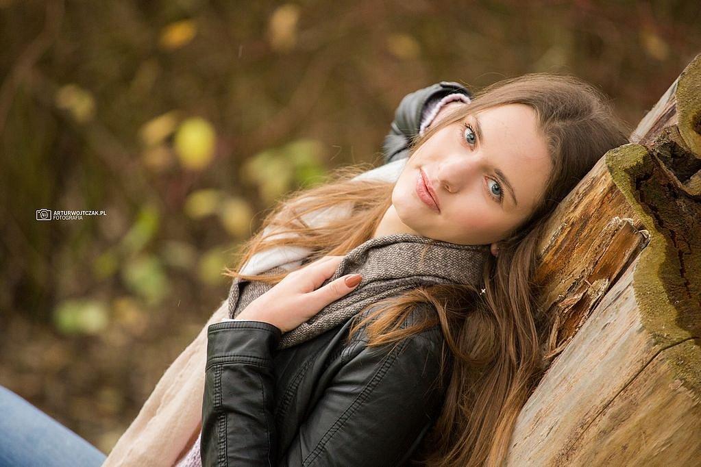 Osobista-sesja-jesienna-z-Agnieszka-Szarafin-arturwojtczakpl-22.jpg