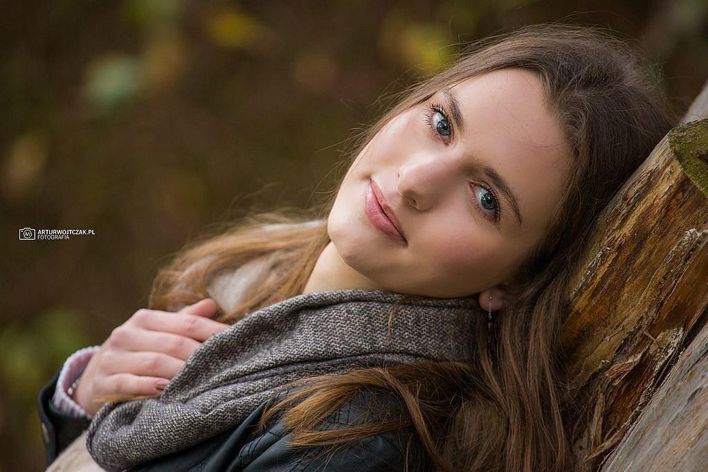 Osobista-sesja-jesienna-z-Agnieszka-Szarafin-arturwojtczakpl-23.jpg