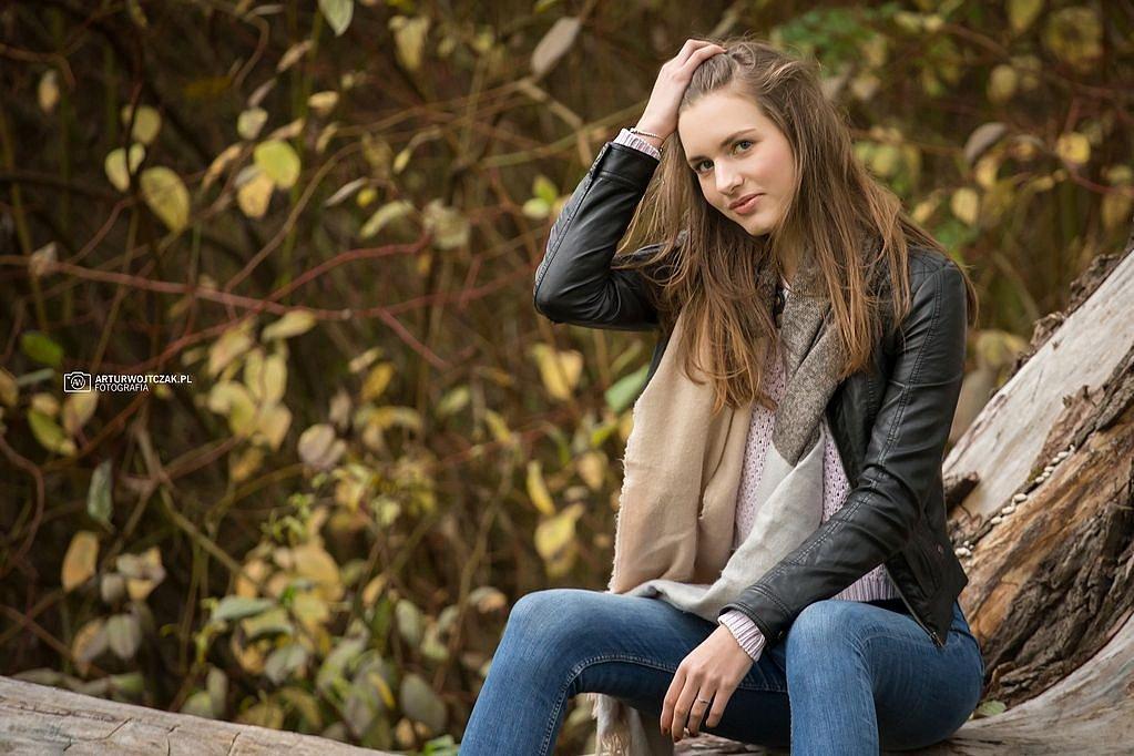 Osobista-sesja-jesienna-z-Agnieszka-Szarafin-arturwojtczakpl-25.jpg