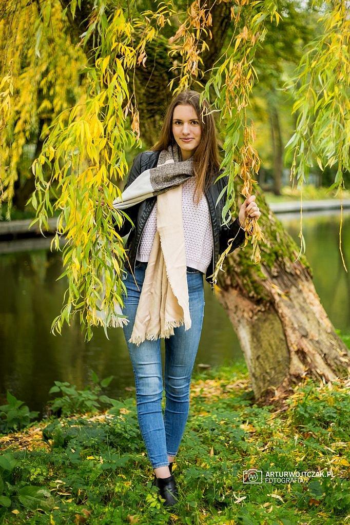Osobista-sesja-jesienna-z-Agnieszka-Szarafin-arturwojtczakpl-28.jpg