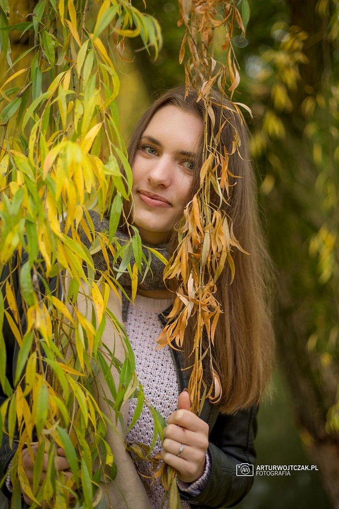 Osobista-sesja-jesienna-z-Agnieszka-Szarafin-arturwojtczakpl-31.jpg